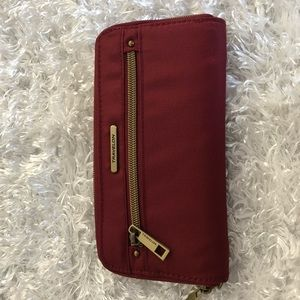 Travelon Wallet NWT